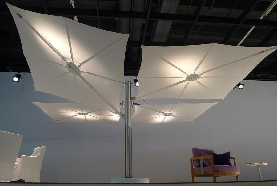 Parasol déporté de qualité 1 mât 4 toiles Spectra Duo et Multi UMBROSA