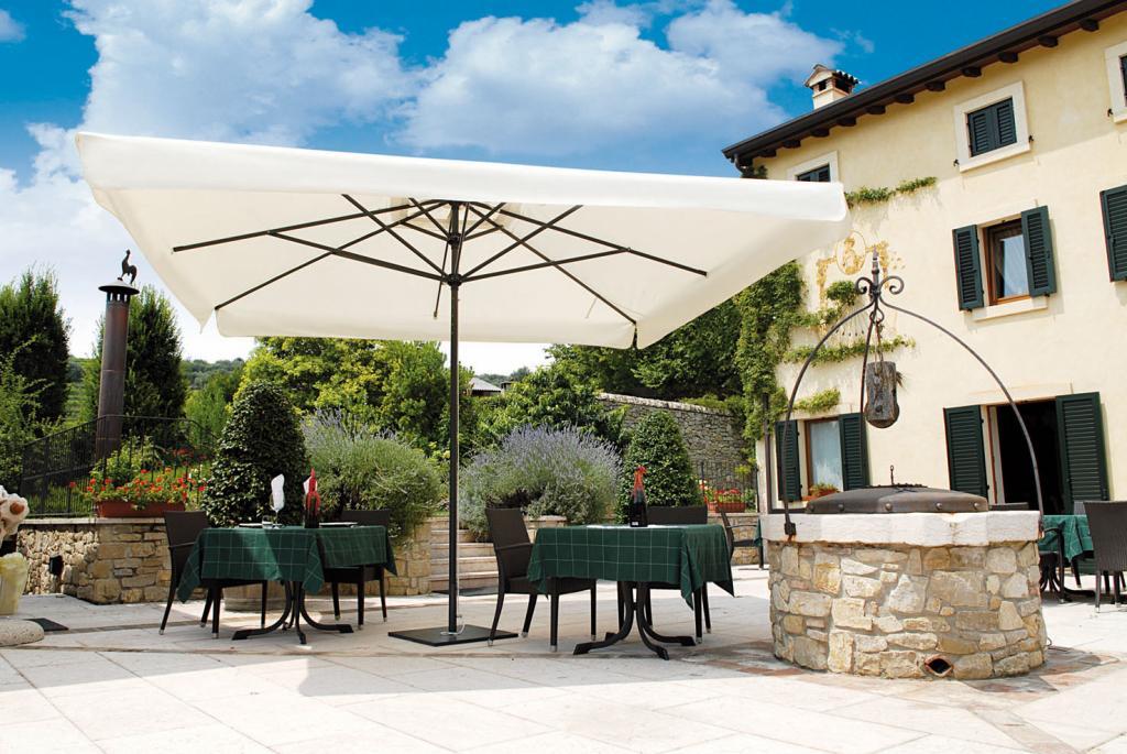 Parasol terrasse hotel mat baleines aluminium Leonardo Telescopic SCOLARO